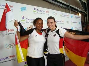 Shanice Craft und Lena Malkus freuen sich über ihren Erfolg. Foto:DOSB