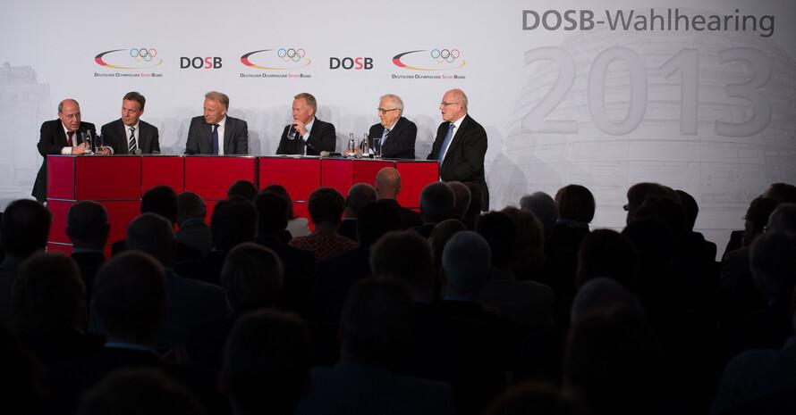 Die Vertreter der Parteien beim Wahlhearing 2013 in Berlin. Foto: picture alliance/Robert Schlesinger