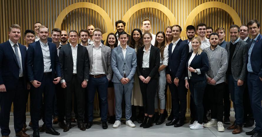 Studierende und Jury-Mitglieder im Haus des Sports in Frankfurt. Foto: DOA/Holger Preuß