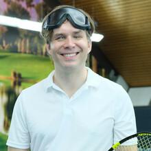 Michael Wahl spielt erfolgreich Blindentennis. Foto: Gold Kraemer Stiftung