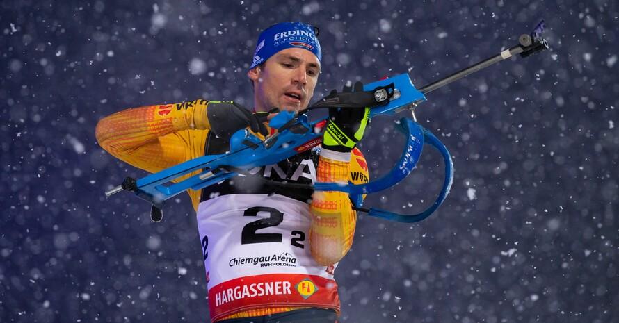 Simon Schempp am Schießstand bei der World Team Challenge am 28.1.2020 in Ruhpolding; Foto: picture-alliance