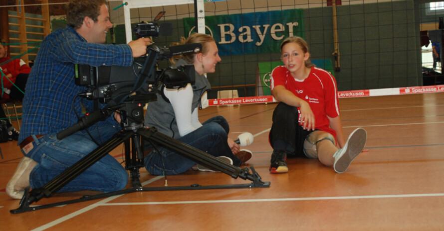 Sitzvolleyballerin Ronja Schmölders im Interview. Foto: N24/Schmidt Media