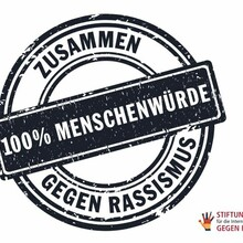 Der Aufkleber zur Initiative gegen Rassismus; Foto: Stiftung für die Internationalen Wochen gegen Rassismus