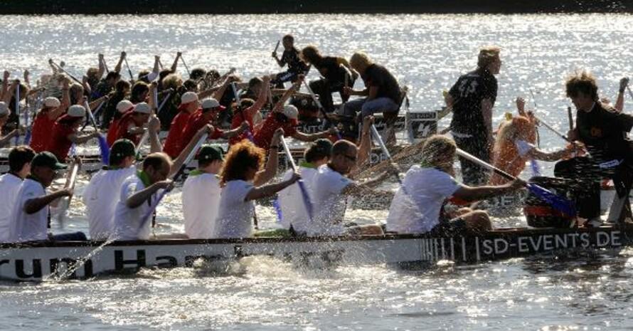 Auch Drachenbootrennen zählt zu den sportlichen Initiativen, die für den Monat September zur Wahl stehen. Copyright: picture-alliance