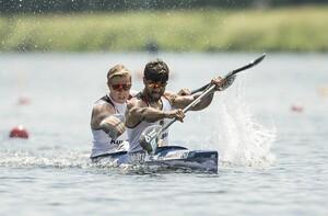 Saeid Fazloula (vorne) und sein Partner Lukas Reuschenbach haben sich beim Weltcup in Duisburg für die EM in Belgrad qualifiziert. Foto: picture-alliance