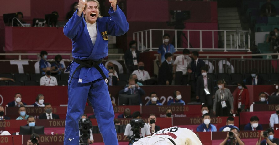 Anna-Maria Wagner schreit ihre Freude über den Gewinn der Bronzemedaille heraus. Foto: püicture-alliance