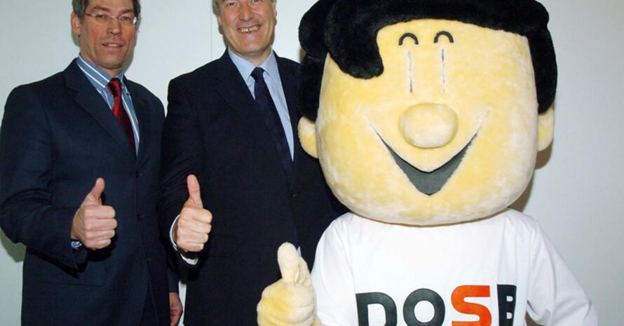 DOSB-Leistungssportdirektor Bernhard Schwank (li.), Lord Bates und Trimmy. Foto: DOSB