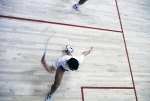 Rasante Spiele und spannende Duelle erwarten die Besucher der Squash-Team WM in Paderborn. Foto: picture-alliance