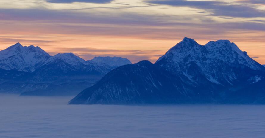 Blick auf die Chiemgauer Alpen. Copyright: picture-alliance