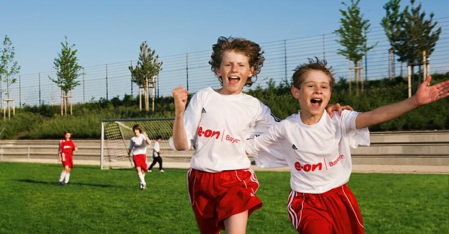 """Sport ist im Verein am schönsten. E.ON und DOSB unterstützen die Turn- und Sportvereine mit der """"Aktion 1000 Förderkonzepte"""". Copyright: E.ON"""