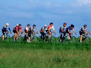 Der Breitensportkalender bietet für jeden Radfahrer die passende Tour. Foto: picture-alliance