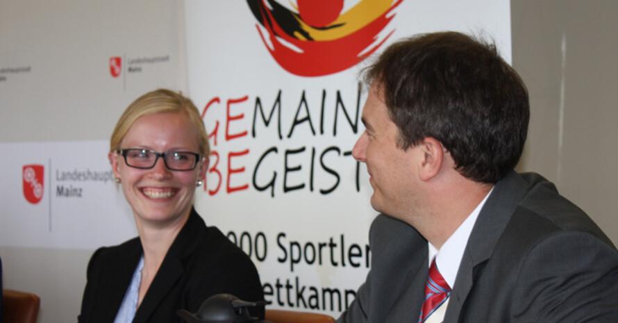 Felicitas Merker, DJK Rheinkraft Neuss und Stefan Wink, Geschäftsführer des DJK-Diözesanverbandes Mainz bei der Pressekonferenz zum Bundessportfest. Foto: DJK