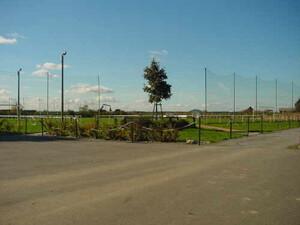 Beispiel für einen sanierungsbedürftigen Sportplatz in Söllichau.