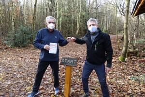 Hans Redlich mit Sportlehrer Clemens Termer (Foto: privat)