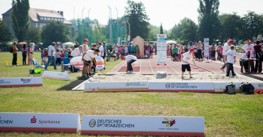 Das Deutsche Sportabzeichen reist auch 2015 wieder durch Deutschland.