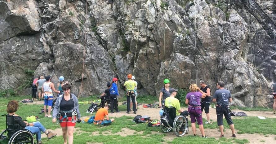 """Immer vor neuen Herausforderungen: Die """" GäMSen"""" sind eine Handikap-Klettergruppe für Multiple-Sklerose–Patienten (MS). Foto: Die GäMSen"""
