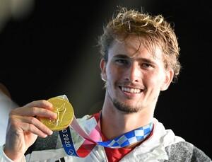 Der größte Sieg in der Karriere von Alexander Zverev: der Olympiasieg in Tokio 2021; Foto: picture-alliance