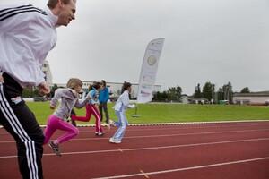 Das Deutsche Sportabzeichen stoppt 2013 in 16 Städten. Foto: wirkhaus/Meike Engels