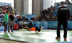 Breakdance gehörte 2018 in Buenos Aires zum Porgramm der Olympischen Jugendspiele und zog viele Zuschauer in seinen Bann. Foto: picture-alliance