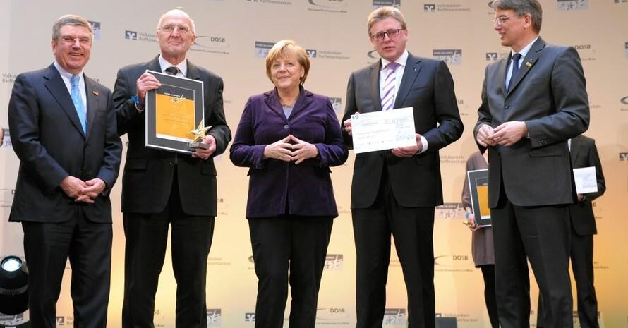 Der Siegerverein MTG Horst 1881 aus Essen kann sich über 10.000 Euro freuen. Foto: Kai Bienert