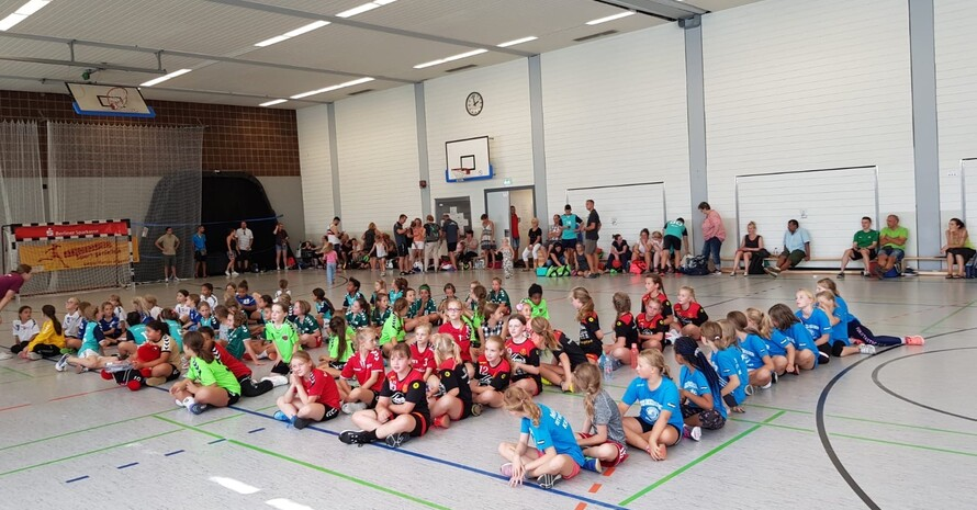 Spielen gegen die Spielsucht und Sport ohne Phone Foto: HC Vorpommern Greifswald