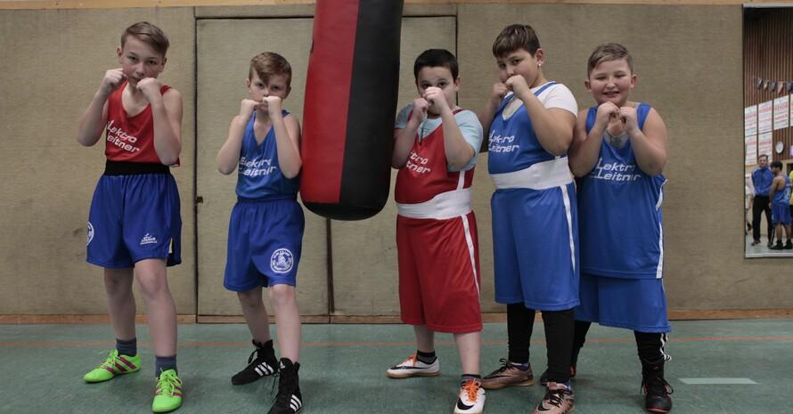Martin Faltermeier schoss dieses Foto der boxenden Jungs im Boxclub SC Bavaria 20 in Landshut.