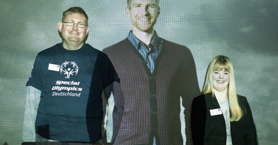 Per Mertesacker war per Video zugeschaltet, als sich Laura Hardy und Herbert Krüger als Botschafter der Spiele 2016 präsentierten.