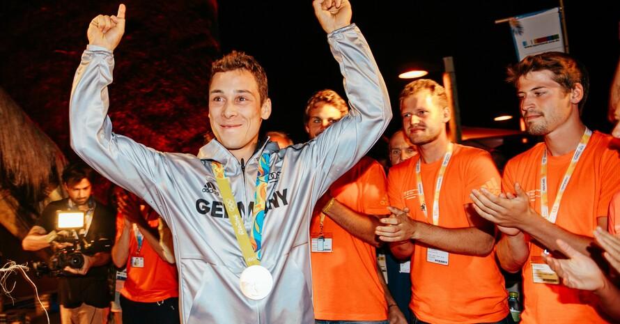 Der Segler und Olympia-Dritte von Rio, Thomas Plößel, will nach Ankündigung der zusätzlichen Förderung seine Spitzensportkarriere fortsetzen. Foto: picture-alliance