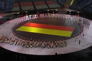Einmarsch der deutschen Athleten bei der Eröffnungsfeier der Olympischen Winterspiele in Pyeongchang 2018. Foto: picture-alliance