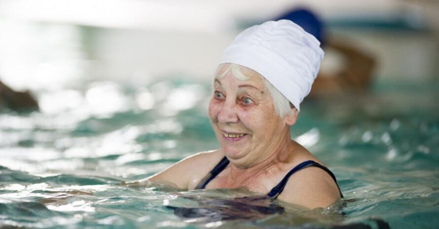 Schwimmen bereitet auch älteren Menschen noch viel Freude. Foto: LSB NRW
