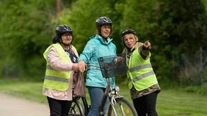 Gesellschaftliche Teilhabe durch Sport: Bei der Gruppe der türkeistämmigen Frauen von Nevin Sahin werden unter anderem Fahrradkurse angeboten. Quelle: Archiv LSB Niedersachsen