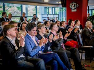 Teilnehmerinnen und Teilnehmer des Sportverbändeforums in Köln. Foto: FA