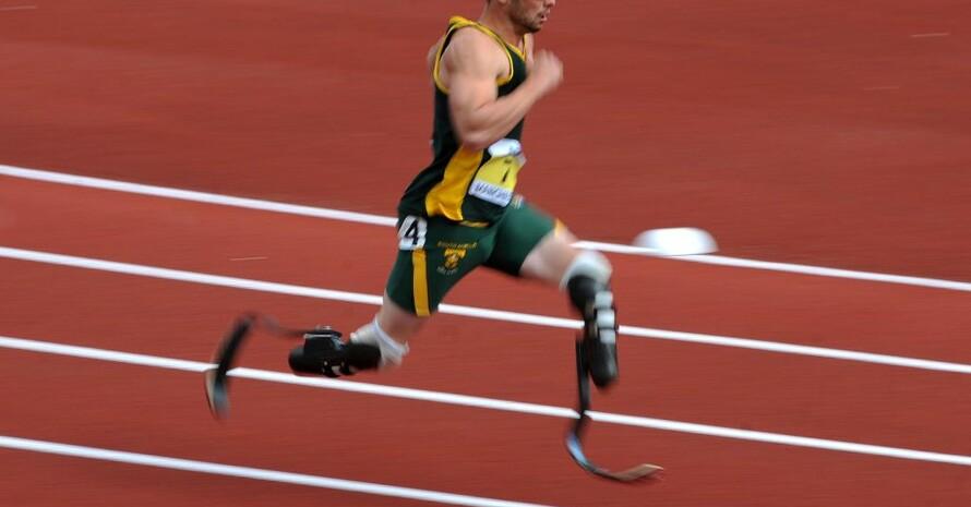 Oscar Pistorius läuft bei der Leichtathletik-WM in Daegu um den Titel im 400m-Lauf. Foto: picture-alliance