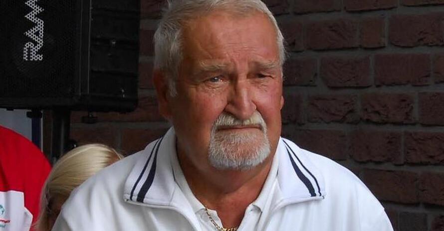 """Hermann Müller ist """"Mr. Tennis"""" beim Neusser TC Stadtwald. Er engagiert sich seit Beginn der 1980er Jahre für Menschen mit geistiger Behinderung im Tennis. (Foto: Neusser TC Stadtwald)"""