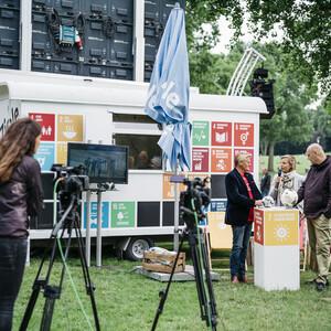 Critical Public Viewing der WM 2018 in Köln - DOSB und Engagement Global nutzen den Sport als Plattform um Themen der nachhaltigen Entwicklung zu diskutieren ©Engagement Global