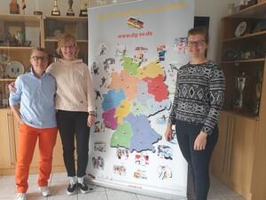 v.l.n.r.: Petra Brandt (Inklusions- und Präventionsbeauftragte), Felicitas Merker (Projektleitung), Kathrin Böttcher (Vizepräsidentin für Breitensport und Sportentwicklung)