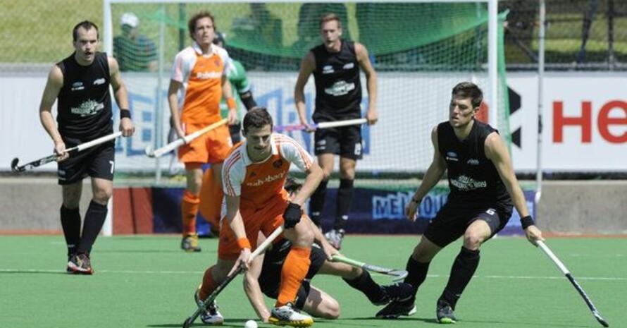 """Hockeyspieler müssen sich künftig auch auf die """"Hockey5-Variante"""" einstellen. Foto: picture-alliance"""