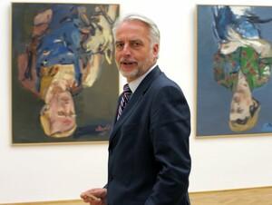 Georg Baselitz im Rücken, London vor Augen: Martin Roth leitet ab September das Victoria and Albert Museum. Foto: picture-alliance