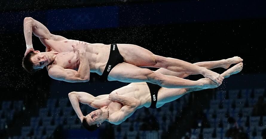 Patrick Hausding und Lars Rüdiger schrauben sich vom 3-m-Brett zur Bronzemedaille. Foto: picture-alliance