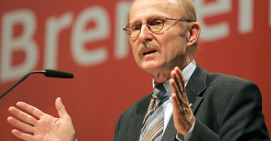 Willi Lemke ist neuer UN-Sonderberater für Sport und Entwicklung. Copyright: picture-alliance