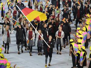 Team Deutshcland bei der Eröffnungsfeier der Olympischen Spiele 2016 in Rio de Janeiro. Foto: picture-alliance