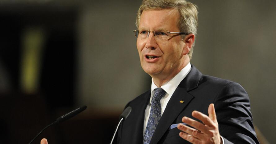 Bundespräsident Christian Wulff hält den Sport für ein geeignetes Mittel zur Einbeziehung von Behinderten. Foto: picture-alliance