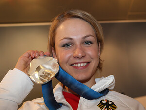 Magdalena Neuner gewinnt Silber in Vancouver. Copyright: picture-alliance