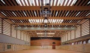 Die Sporthalle im Hausburgviertel in Berlin wurde 2009 mit dem IOC/IAKS Award Gold für Sporthallen ausgezeichnet. Foto: Chestnutt/Niess/BDA