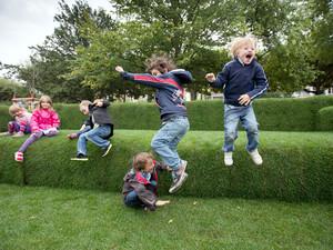 Bewegung sollte ein elementarer Bestandteil des gesunden Aufwachsens von Kindern sein. Foto: picture-alliance