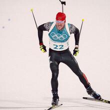 Ohne Schießfehler: Arnd Peiffer im Ziel des Olympia-Sprints (Foto: Picture Alliance)
