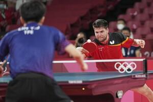 Dimitrij Ovtcharov kämpft sich zu Bronze gegen den Taiwanesen Lin Yun-Ju. Foto: picture-alliance