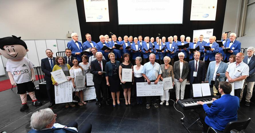 """""""Deutschlands coolste Seniorensportgruppen"""" werden beim 12. Deutschen Seniorentag in Dortmund geehrt. Foto: Artis-Foto/Uli Deck"""