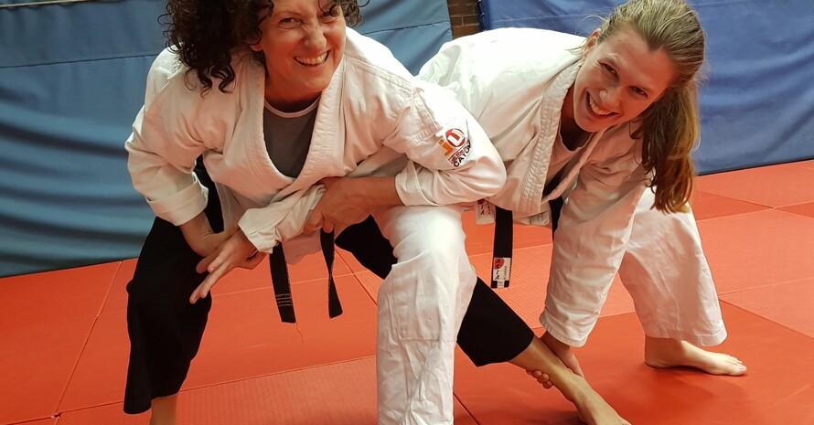 v.l. Fatma Keckstein und Alexandra Thews Foto:DOSB