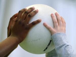 Sportvereine sind nicht nur Sportanbieter, sondern  auch Integrationshelfer. Foto: picture-alliance